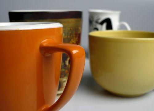 mugs orange yellow