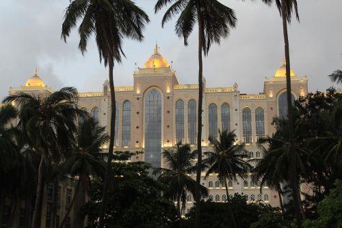 Mumbajus,narimanas,viešbutis,bombėjaus,Indija,pastatas
