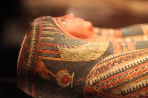 mummy egypt pharaoh