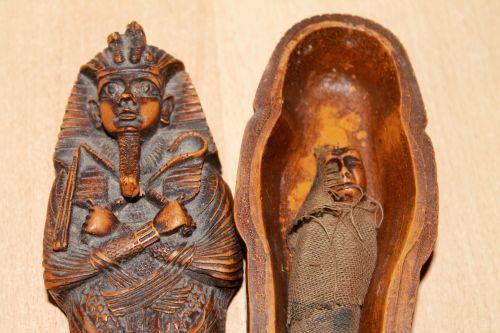 mummy sarcophagus egypt