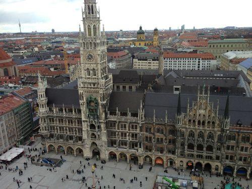 munich town hall marienplatz