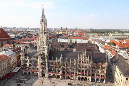 munich  marienplatz  town hall