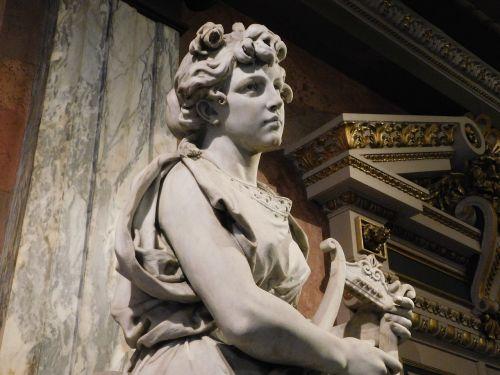 muse statue mythology