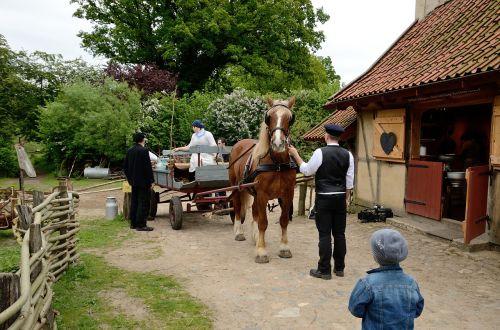 bauer farm farming village