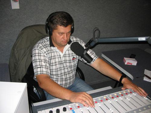 radio dj music for the masses local radio