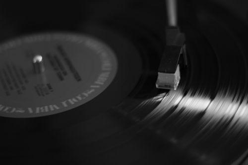music spinning vinyl