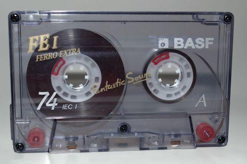 music cassette compact cassette