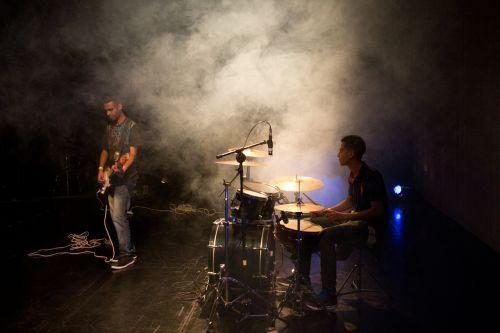music battery drummer