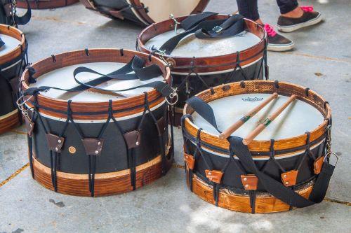 music drums black