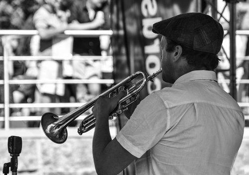 music  trumpet  brass
