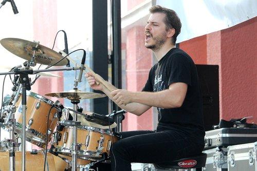 music  drums  drummer