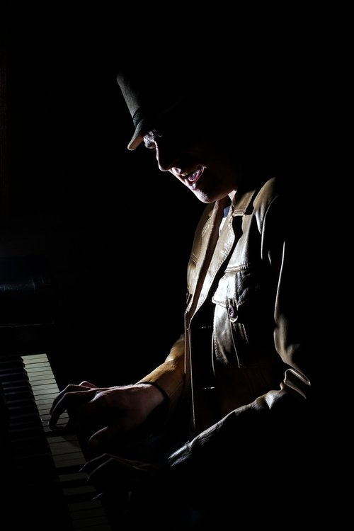 music  piano  low key