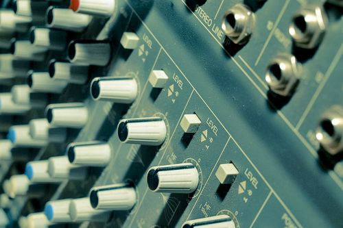 music mixer synthesizers