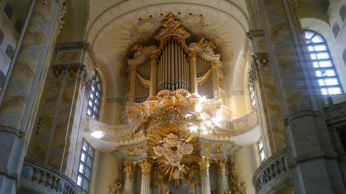 music organ breath