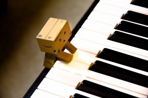 music keys white