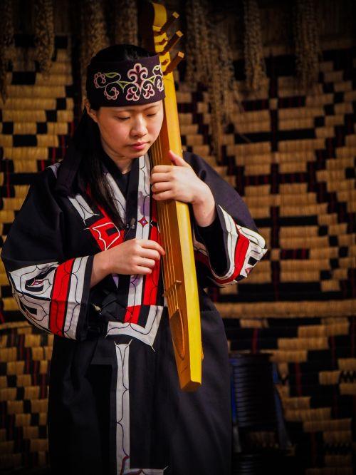 musical player performance ainu