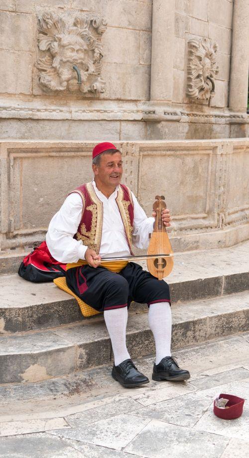 musician croatia dubrovnik
