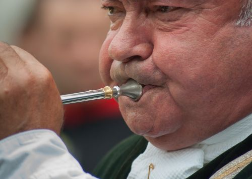 musician trunk wind instrument