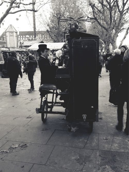 musician street performer piano