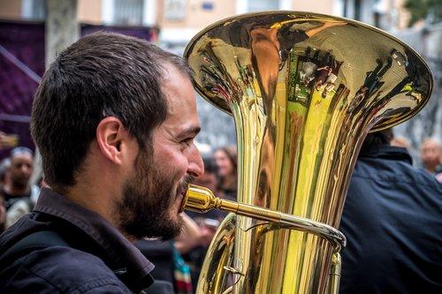 musician  street  trombone