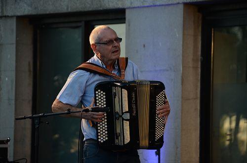 musician artist street musician