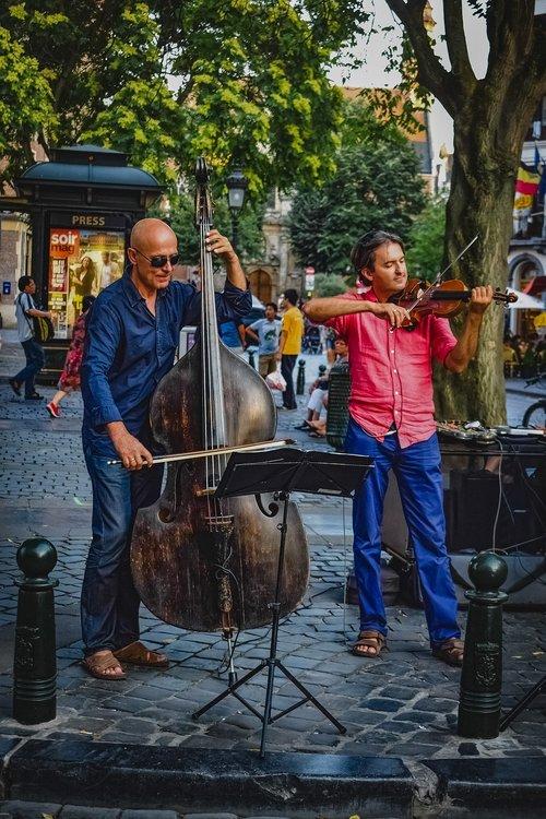musicians  street artists  music