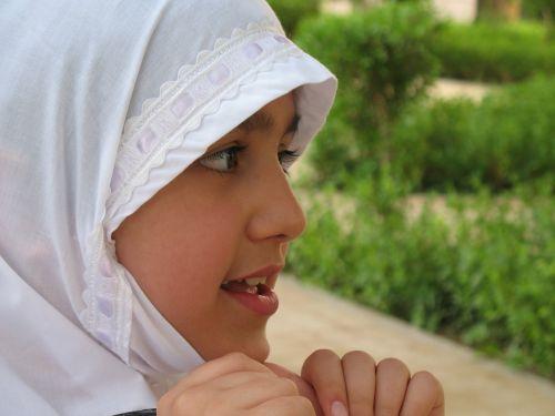 muslim girl muslim pray