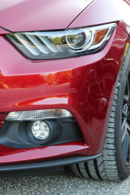mustang ford spotlight