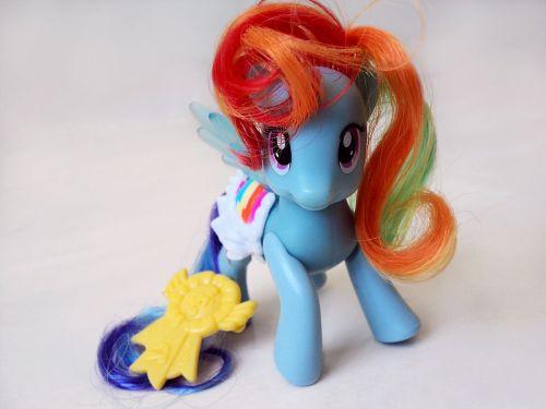 my little pony toy close