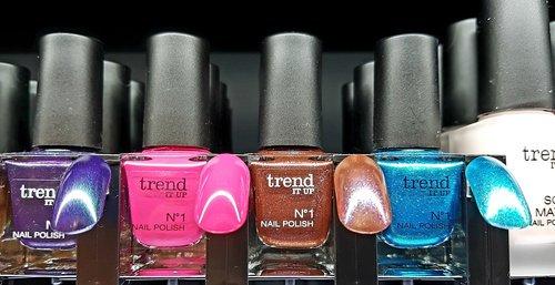 nail varnish  cosmetics  trend