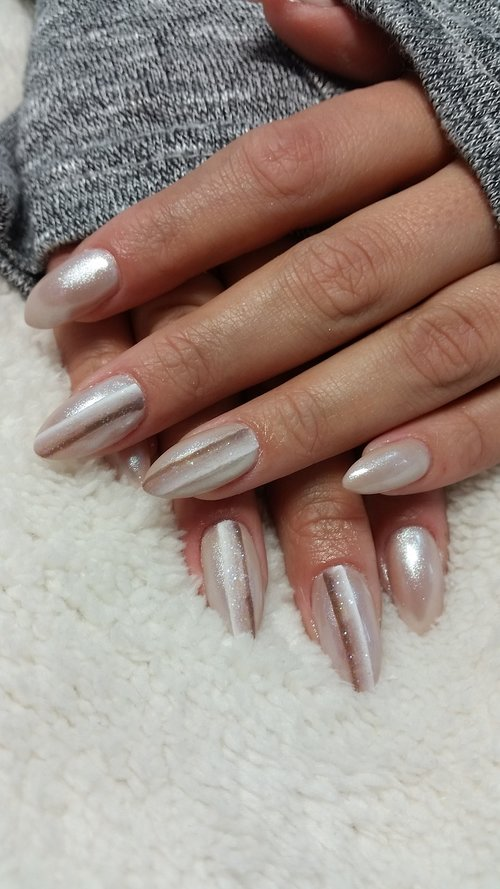 nails  manicure  hands