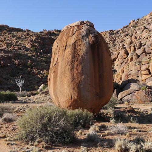 Namibija,tiras kalnai,Rokas,dykuma,uolos,foundling,james handley,Velykinis kiaušinis