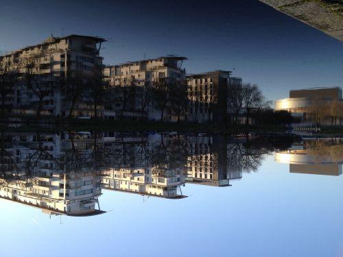 nantes quai ferdinand reflection