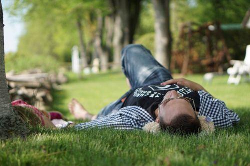 nap rest outside