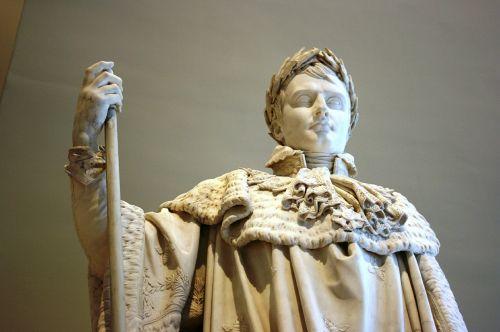 napoleon sculpture louvre