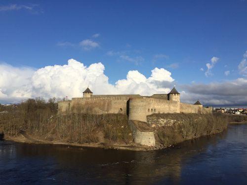 narva estonia castle