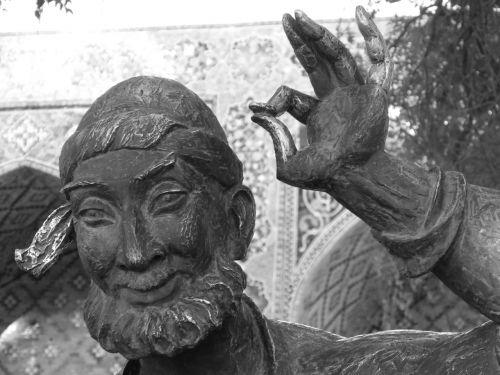 nasreddin hodja monument uzbek till eulenspiegel