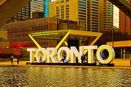 Nathan Phillips Square-Toronto,Onta