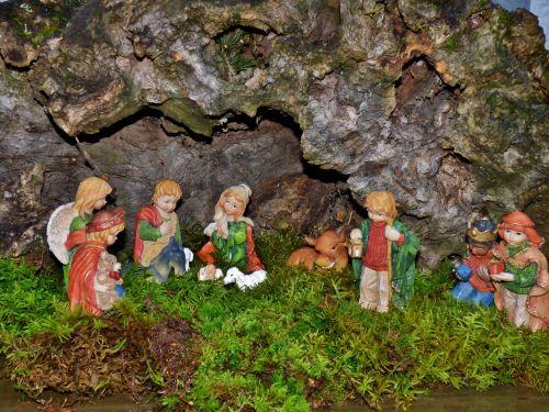 nativity scene christmas joseph