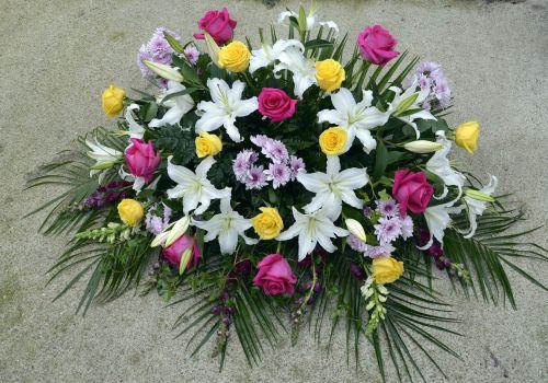 natural flower arrangements flowers for deceased bouquets