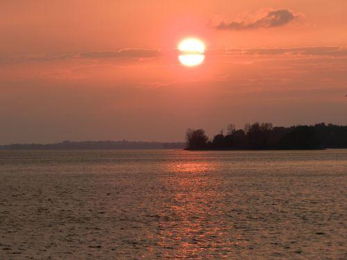 gamta,saulėlydis,vasara,dangus,vanduo,saulėlydis,vakaras,vaizdingas,lauke,saulėlydis,debesys,šviesa,ežeras