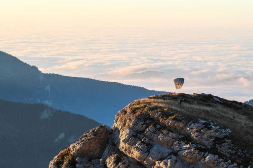 gamta,kraštovaizdis,kalnas,debesys,dangus,kelionė,nuotykis,kelionė,parašiutas
