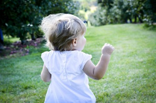 nature child run