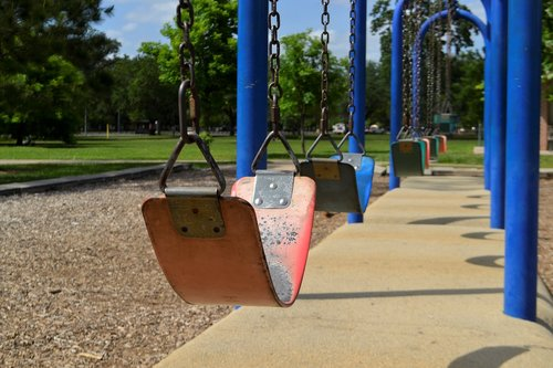 nature  kids  swings