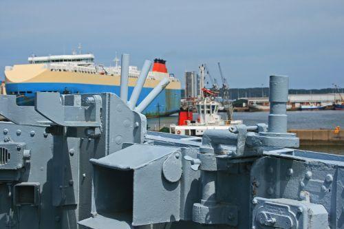 naval cruiser ship cruiser