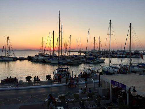 naxos port cyclades