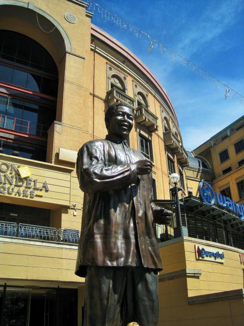 Nelson Mandela Statue 1