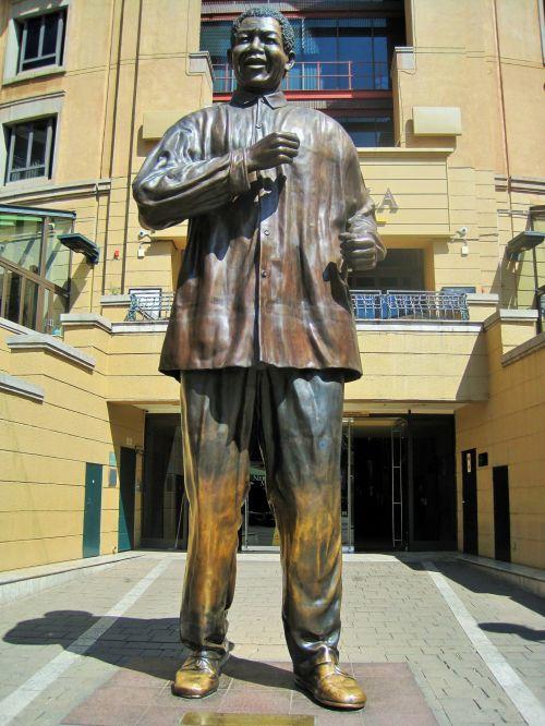 Nelson Mandela Statue 2