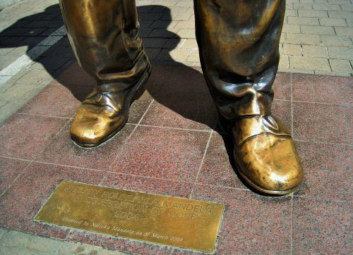 nelson mandela statue statue nelson mandela square
