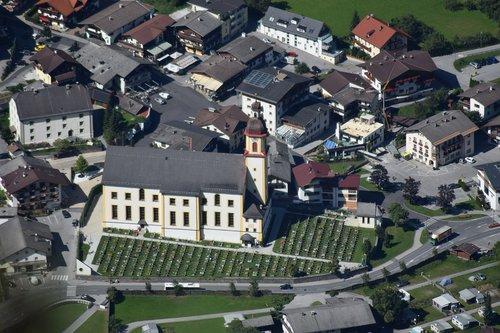 neustift  church  cemetery